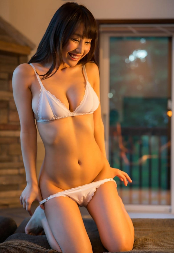 パフィーニップル(ぷっくり乳輪)美女あやみ旬果ヌード画像130枚の032枚目