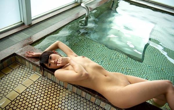 阿由葉あみ(あゆはあみ)くびれ美少女ヌード画像110枚の048枚目