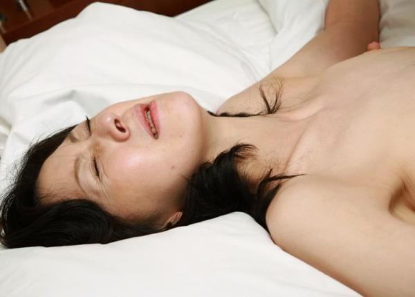 熟女エロ画像 バスト90cm以上の巨乳マダム80枚の020枚目