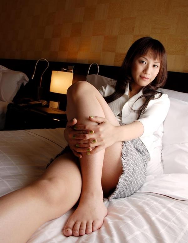 熟女エロ画像 バスト90cm以上の巨乳マダム80枚の042枚目