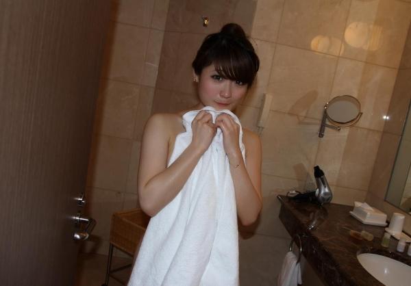風呂上り画像 白いバスタオルのエロス55枚の23枚目
