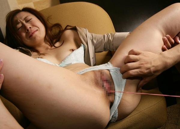 人妻セックス画像 小さなオッパイの奥様達の卑猥な姿70枚の45枚目