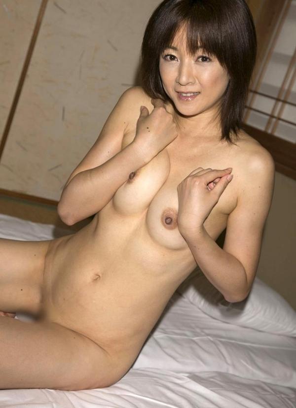 美熟女ヌード画像 妖艶な色香に包まれた美貌60枚の022枚目