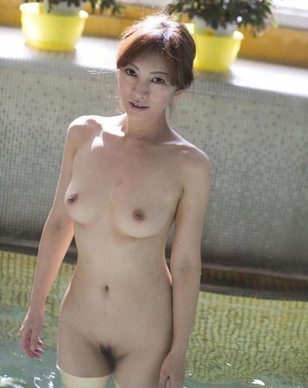 美熟女ヌード画像 妖艶な色香に包まれた美貌60枚の036枚目