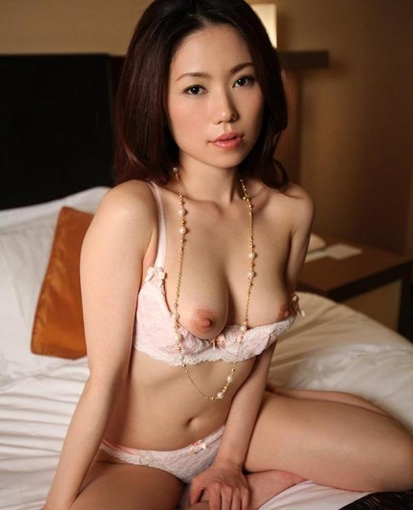 美熟女ヌード画像 妖艶な色香に包まれた美貌60枚の042枚目