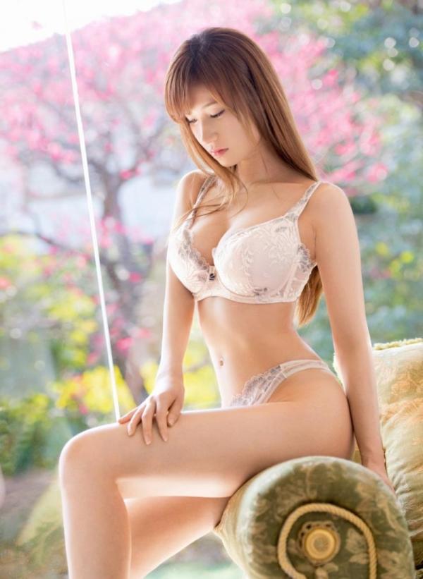 ブラジャー画像 欲情を誘う美女の色っぽい下着姿80枚の68枚目