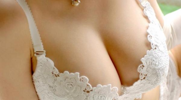 ブラジャー画像 欲情を誘う美女の色っぽい下着姿80枚の80枚目