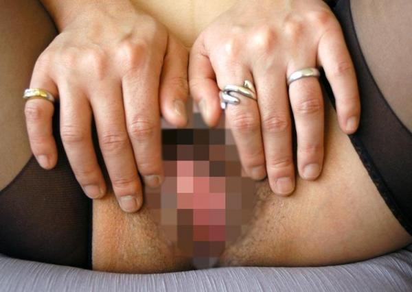 熟女エロ画像 ヒップ90cm以上のデカ尻な奥様70枚の006枚目