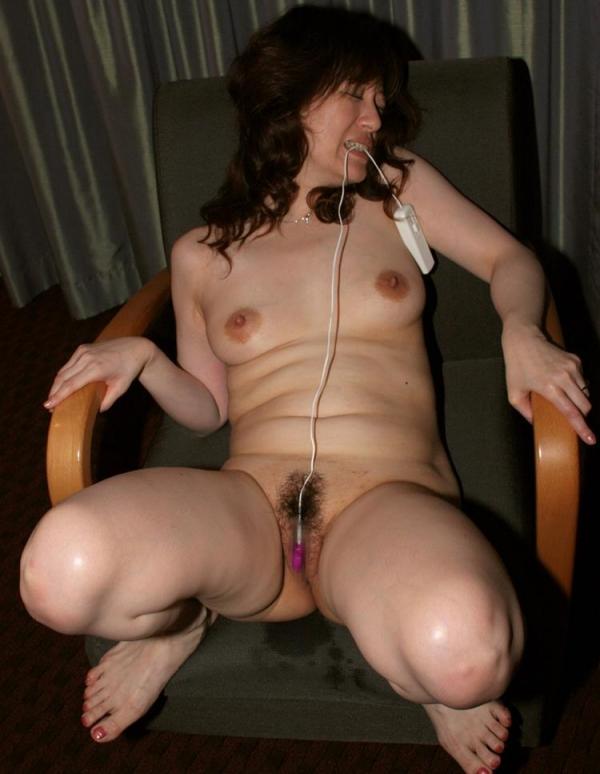 熟女エロ画像 ヒップ90cm以上のデカ尻な奥様70枚の056枚目