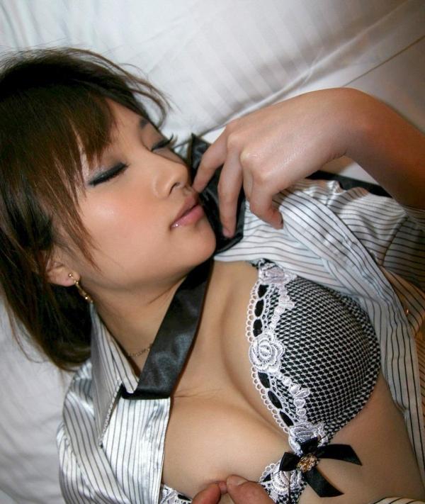 乳首 画像08