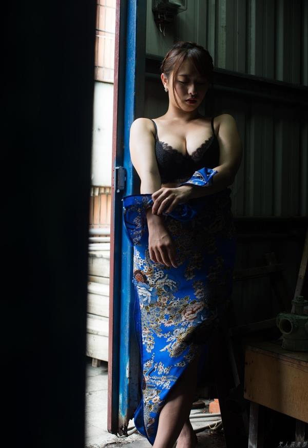 チャイナドレスのエロ画像100枚の071枚目