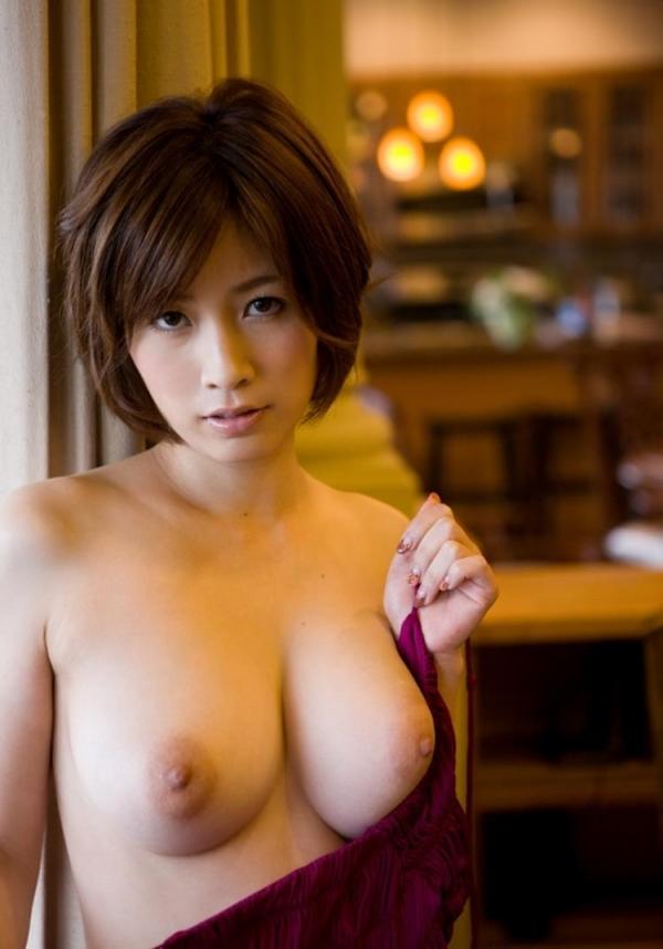 三上悠亜ら豪華AV女優9人とチンポ211本の大乱交の画像の20枚目