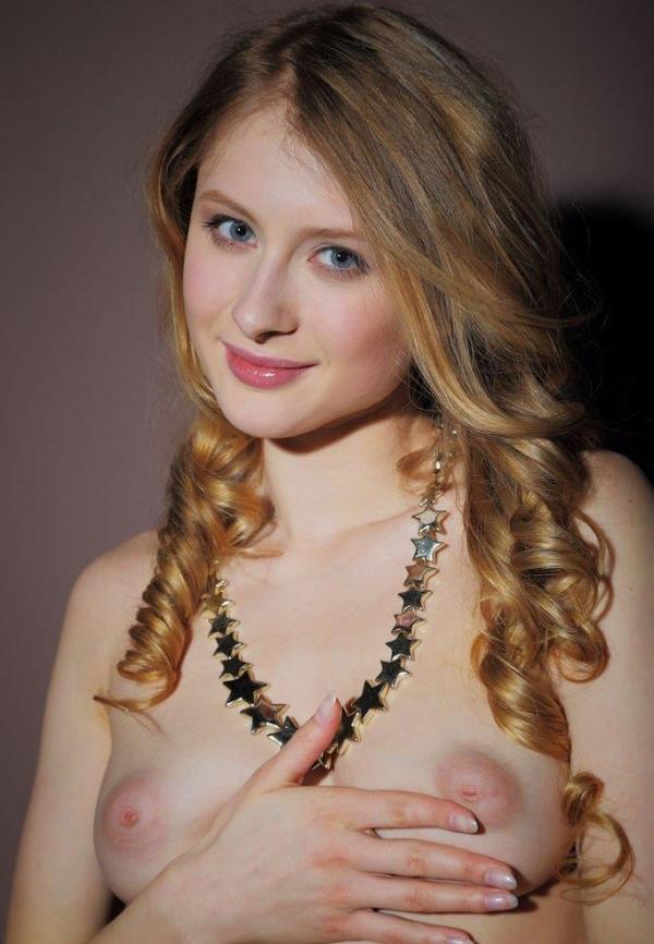 外国人ヌード画像 東欧のパイパン美女裸身82枚のa051