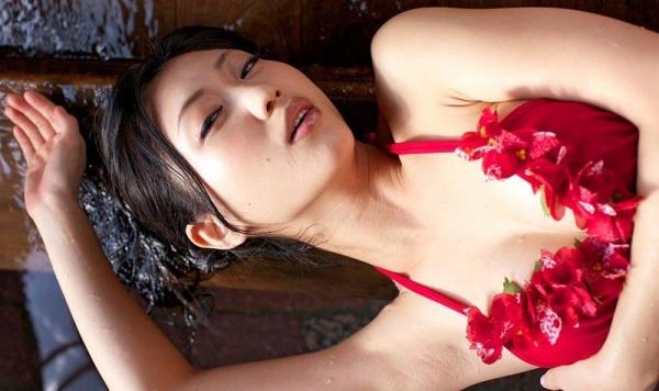 壇蜜 まんスジぽってり湯けむりの中の妖艶なエロ画像50枚の018枚目