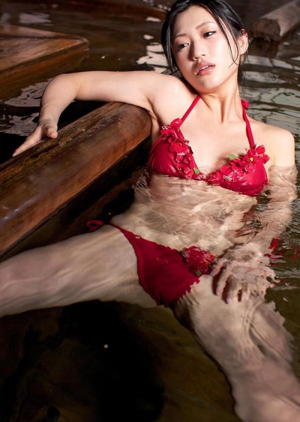 壇蜜 まんスジぽってり湯けむりの中の妖艶なエロ画像50枚の023枚目