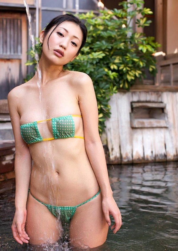 壇蜜 まんスジぽってり湯けむりの中の妖艶なエロ画像50枚の027枚目