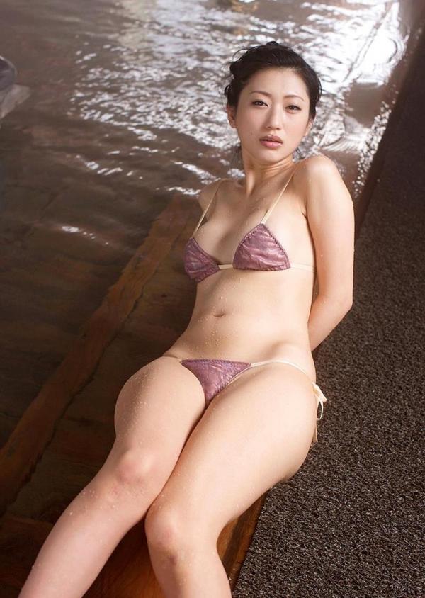 壇蜜 まんスジぽってり湯けむりの中の妖艶なエロ画像50枚の038枚目
