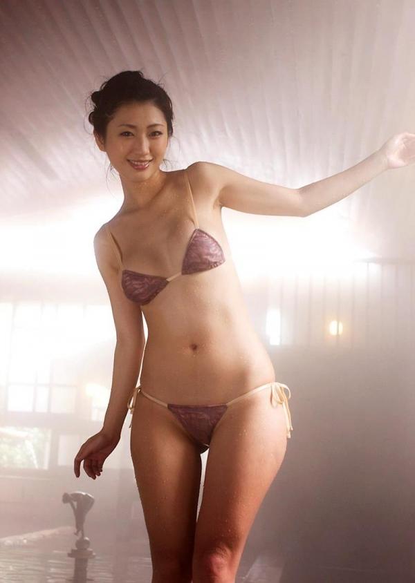 壇蜜 まんスジぽってり湯けむりの中の妖艶なエロ画像50枚の040枚目