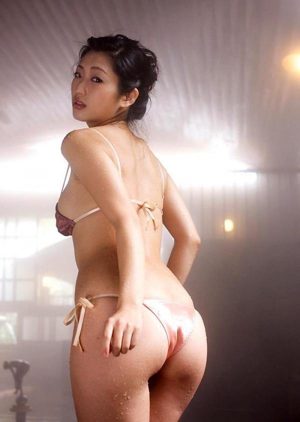 壇蜜 まんスジぽってり湯けむりの中の妖艶なエロ画像50枚の042枚目