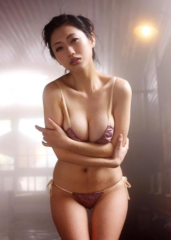 壇蜜 まんスジぽってり湯けむりの中の妖艶なエロ画像50枚の043枚目