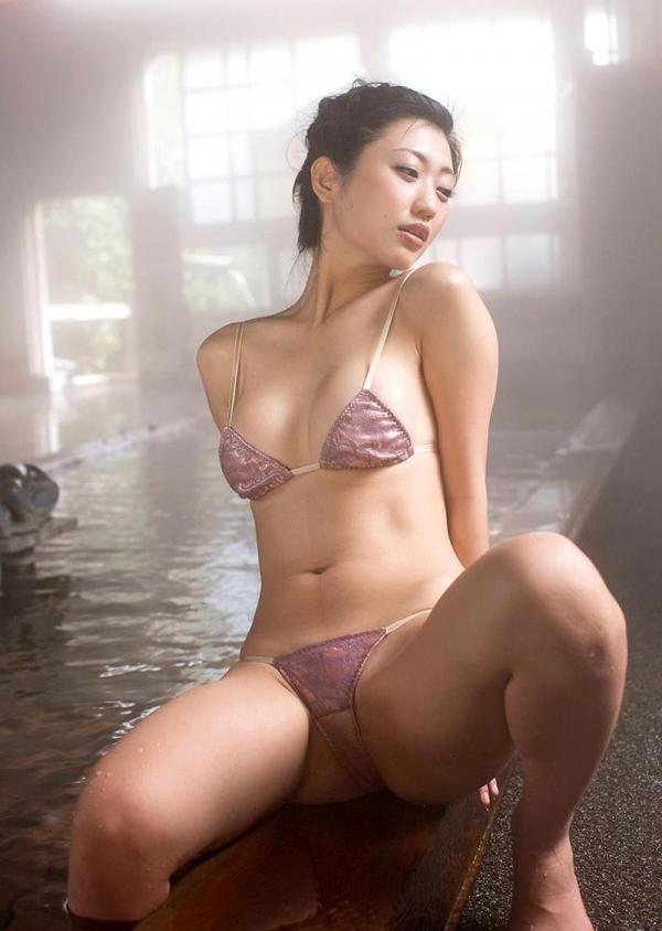 壇蜜 まんスジぽってり湯けむりの中の妖艶なエロ画像50枚の046枚目