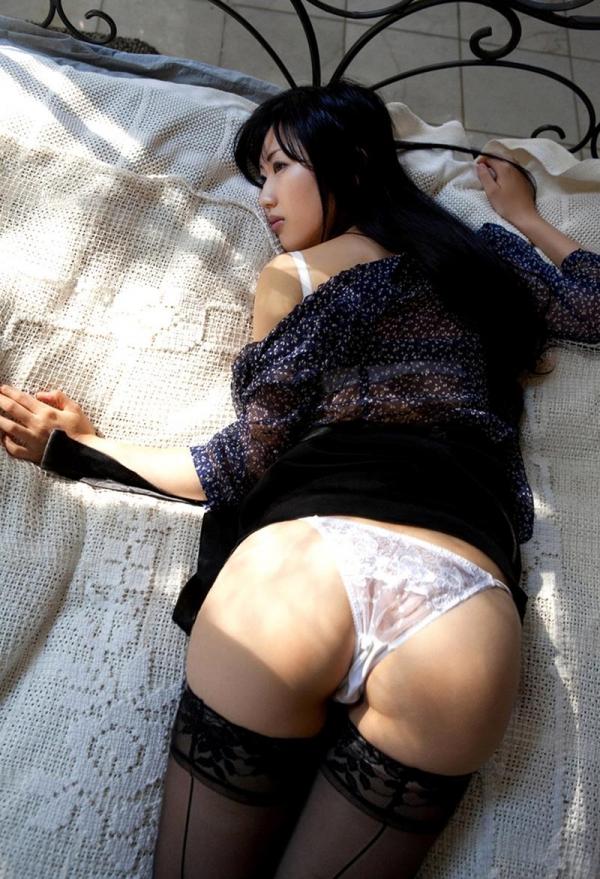 壇蜜セミヌード 妖艶な色香が漂いそそられる70枚の049枚目