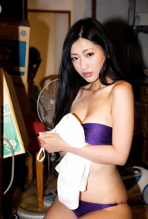 壇蜜のエッチな奥様 妖艶な人妻風のエロ画像63枚の026枚目