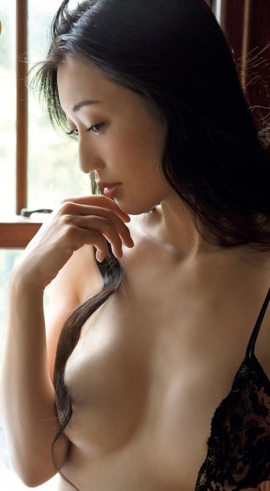 壇蜜ヌード画像 日本のセックスシンボルランキング1位の美裸身40枚の001枚目