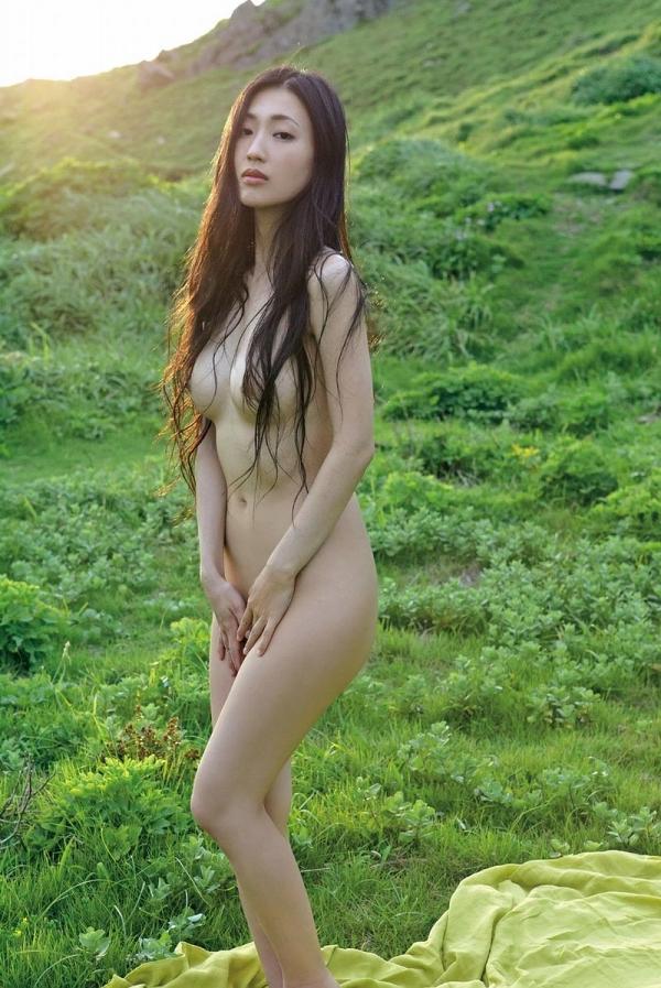 壇蜜ヌード画像 妖艶なアラフォー熟女の美裸身40枚の006枚目