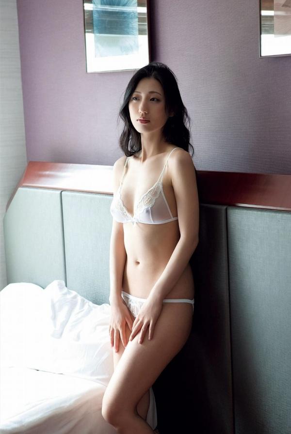 壇蜜ヌード画像 妖艶なアラフォー熟女の美裸身40枚の016枚目