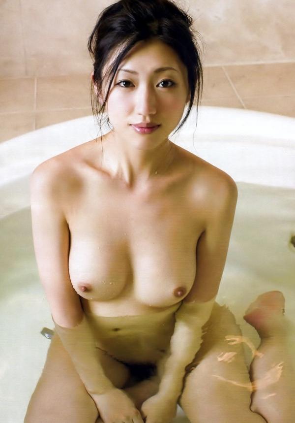 壇蜜ヌード画像 妖艶なアラフォー熟女の美裸身40枚の023枚目