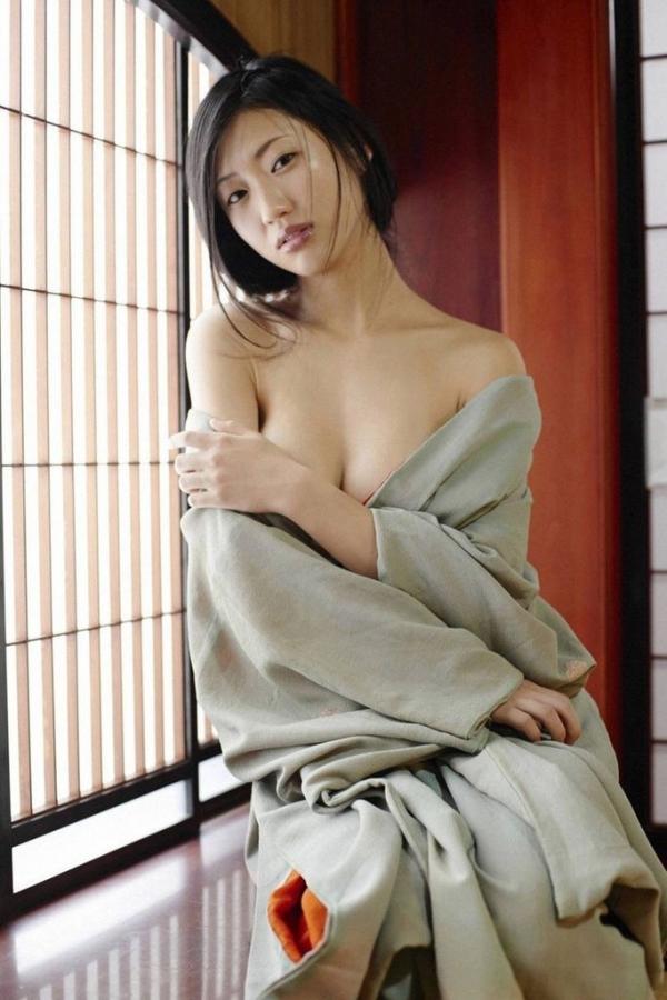 壇蜜ヌード画像 妖艶なアラフォー熟女の美裸身40枚の032枚目