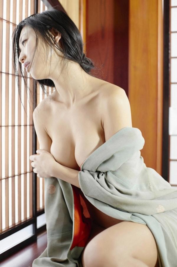 壇蜜ヌード画像 妖艶なアラフォー熟女の美裸身40枚の033枚目