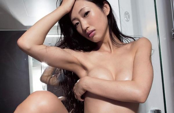 壇蜜ヌード画像 妖艶なアラフォー熟女の美裸身40枚の037枚目