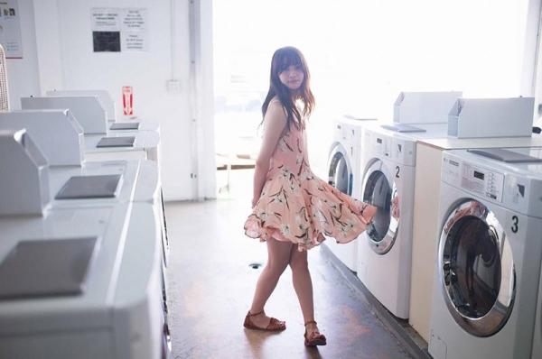 傳谷英里香(でんやえりか)の初脱ぎ!アイドル水着画像100枚の064枚目
