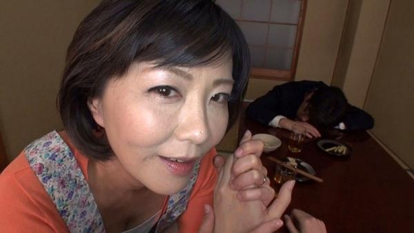 円城ひとみ 五十路むっちり美熟女エロ画像68枚のa005枚目