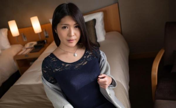 美熟女エロ画像 性欲が強そうなFカップ巨乳の美人奥様80枚の31枚目