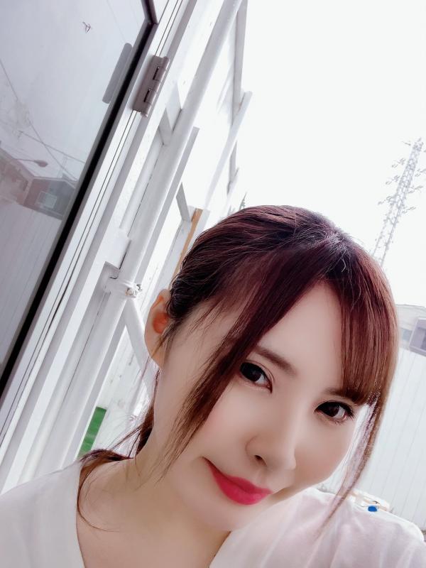 藤白桃羽(武田真)Hカップ爆乳の淫ボディエロ画像77枚のa003枚目