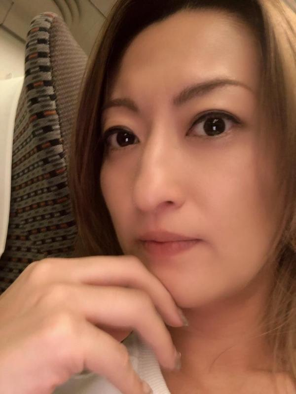 美巨乳の美熟女 吹石れな(玲奈)不倫妻の情事 エロ画像36枚のb009枚目