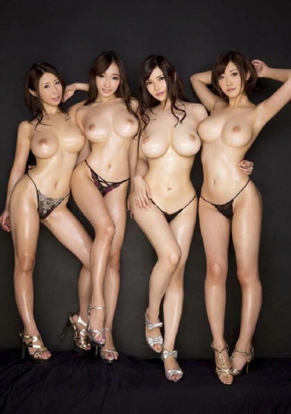複数ヌード画像 こんな裸の美女達に囲まれたい50枚の05枚目