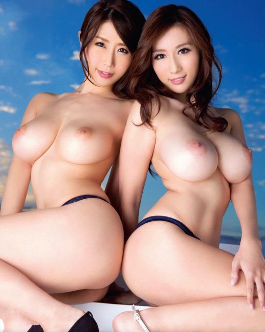 複数ヌード画像 こんな裸の美女達に囲まれたい50枚の10枚目