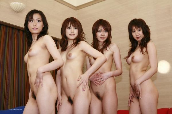 複数ヌード画像 こんな裸の美女達に囲まれたい50枚の43枚目