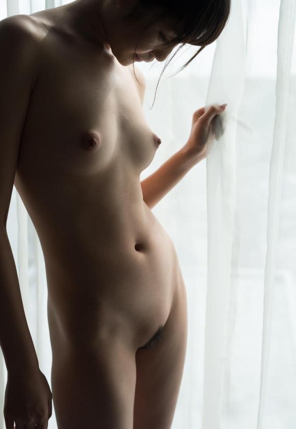 全裸画像 スレンダー美女達のフルヌード130枚の031枚目