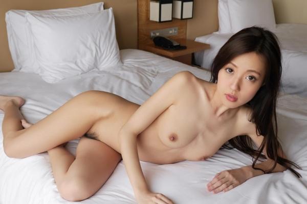 全裸画像 スレンダー美女達のフルヌード130枚の077枚目