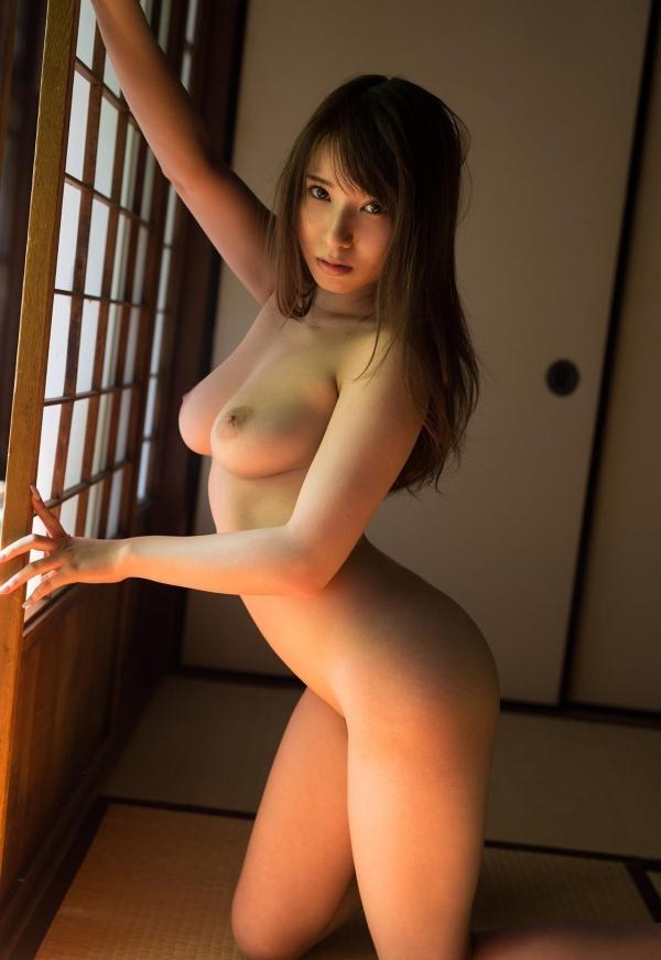 全裸画像 スレンダー美女達のフルヌード130枚の101枚目