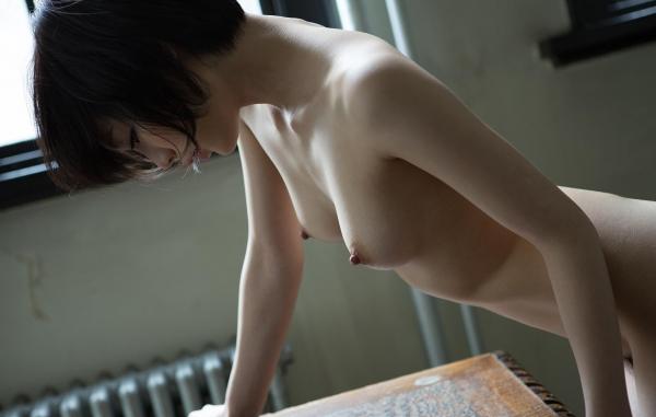 全裸画像 スレンダー美女達のフルヌード130枚の107枚目
