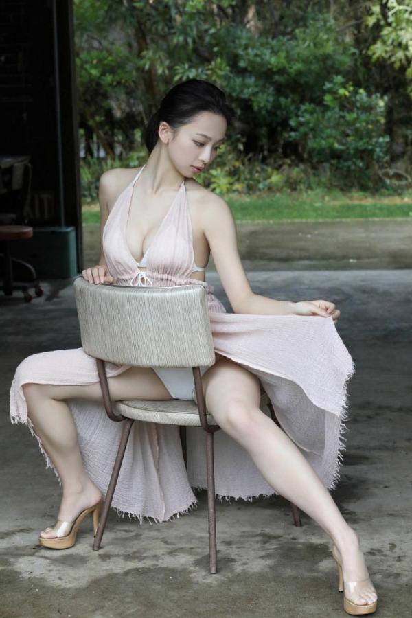 華村あすか 麗しの水着画像 10代の曲線美100枚の043枚目