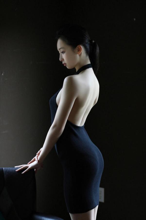 華村あすか 麗しの水着画像 10代の曲線美100枚の053枚目