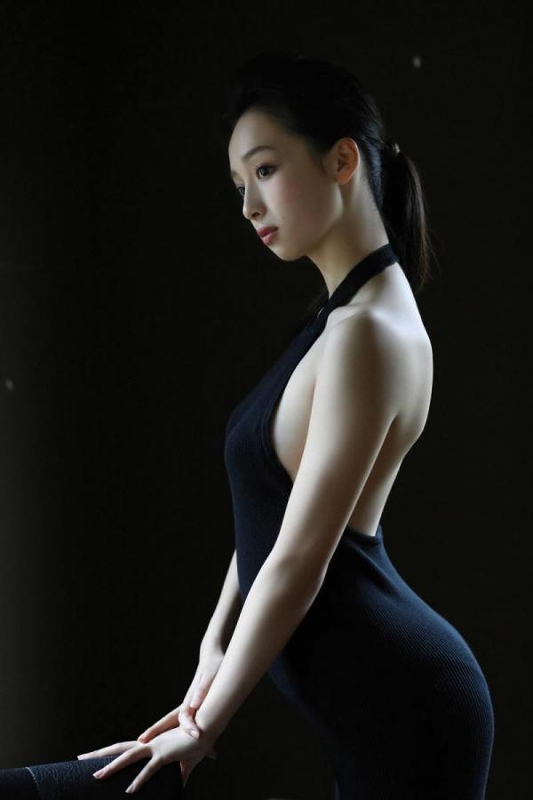 華村あすか 麗しの水着画像 10代の曲線美100枚の055枚目