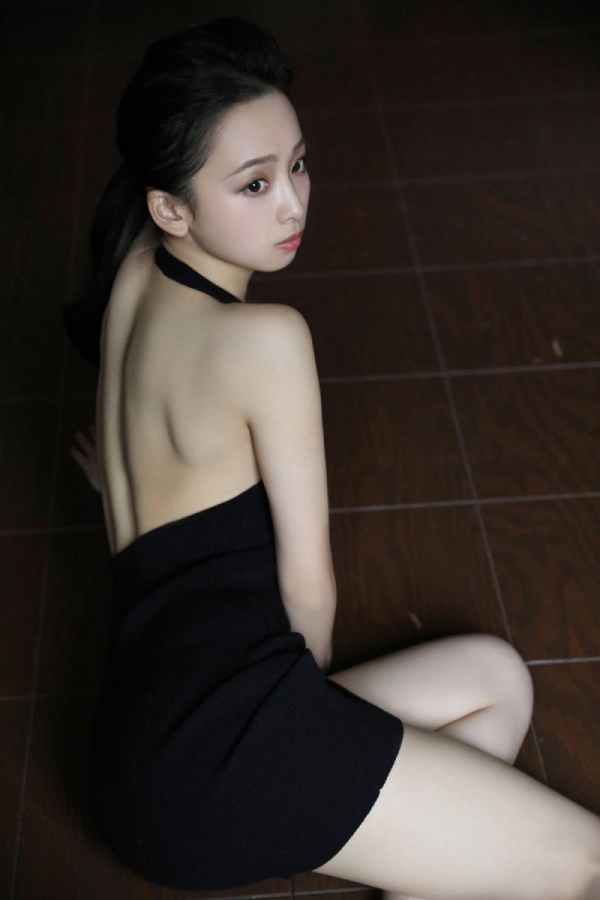 華村あすか 麗しの水着画像 10代の曲線美100枚の060枚目